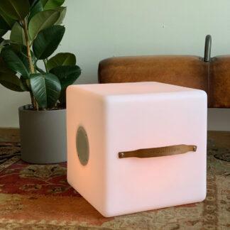 The.Cube - LED multicolor Lampe med indbygget Bluetooth Højttaler